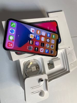 Iphone X Mas unlocked for Sale in Swarthmore, PA