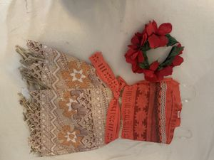 Moana costume with Tiara for Sale in Paramount, CA