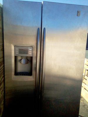 Refrigerator for Sale in San Bernardino, CA