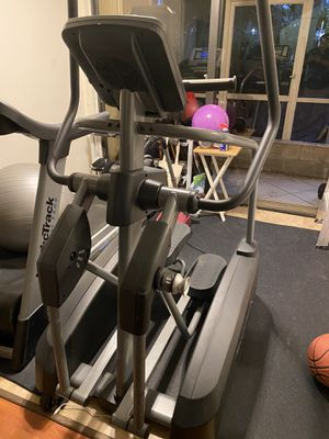 Nordictrack Elliptical ACT great condition for Sale in Aventura, FL