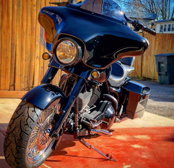 2007 street glide with 180 front tire