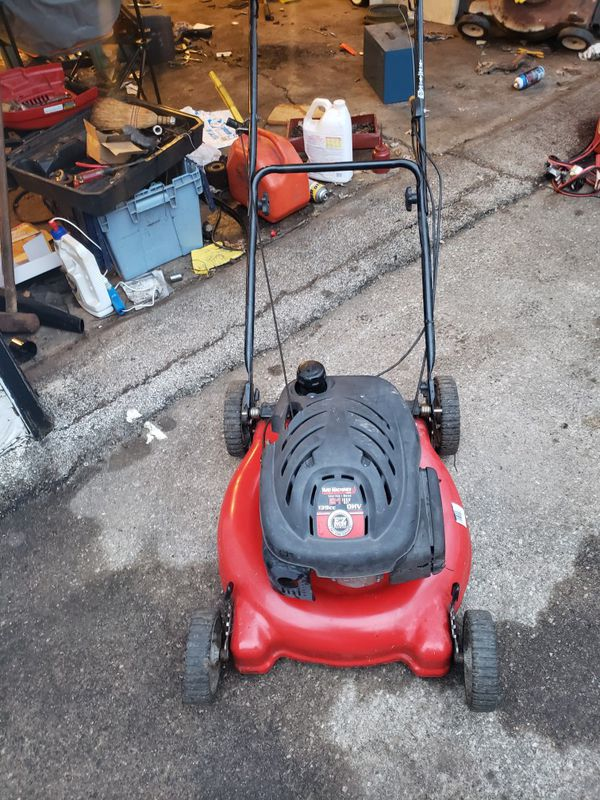 Yardmachine Push Mower For Sale In Des Moines Ia Offerup