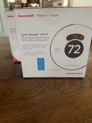 Honeywell Lyric Round Wi-Fi Thermostats-TH8732WFH5002 for Sale in Phoenix, AZ