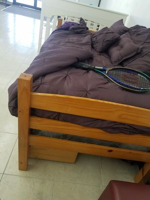 Twin bed set for Sale in Orlando, FL