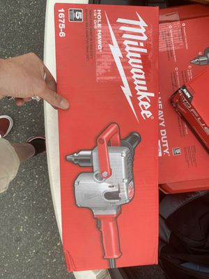 Milwaukee 7.5 AMP 1/2in Hole Hawg Heavy Duty corded drill for Sale in Chelmsford, MA