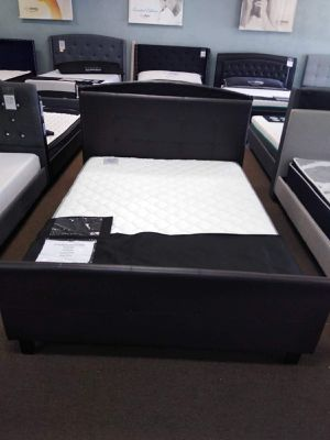 Queen size platform bed frame with 8 inch Pocketed Coil Mattress included for Sale in Glendale, AZ