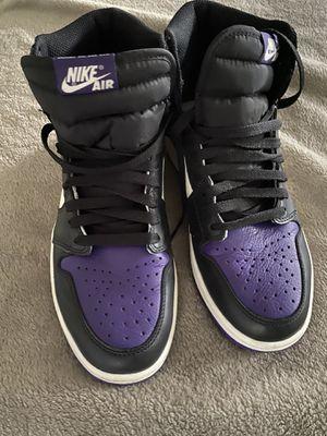 Air Jordan 1 High OG Court Purple. Mens size 8.5. Used!!! No box!! for Sale in Groveland, FL