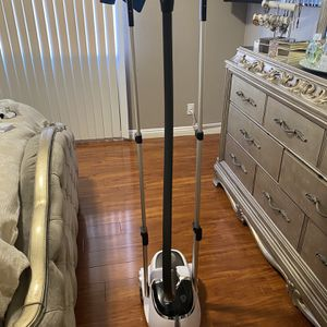 Salav Brand Garment Steamer for Sale in Los Angeles, CA