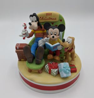 Disney 1991 Mickey, The Night Before Christmas for Sale in Seattle, WA
