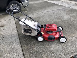 Toro 22 inch Self Propelled Lawn Mower for Sale in Buckley, WA