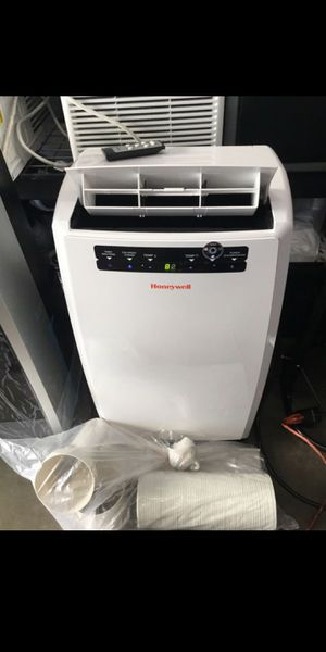(Out of box All accessories included) 10000 btu honeywell portable air conditioner dehumidifier for Sale in Chino, CA