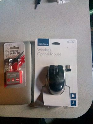 Insignia Wireless Optical Mouse & Earbuds brand new! never been opened!! for Sale in Magalia, CA