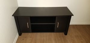 TV Stand for Sale in Lakewood, CA