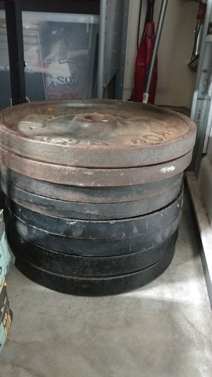 4 different matching pairs of 45lb plates for Sale in Corona, CA