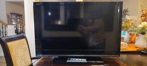 "Toshiba Regza 40"" HD LCD TV for Sale in Bellevue, WA"