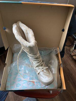 Sporto winter boots for Sale in Parkland, WA