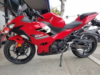 2021 KAWASAKI EX400 ABS  Clean Title Motorcycle 348 Miles for Sale in Millbrae, CA