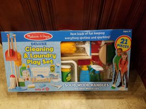 Melissa & Doug Deluxe Cleaning and Laundry Play Set - 21pc for Sale in Garland, TX