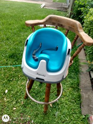 Baby mini high chair for Sale in Pasadena, TX