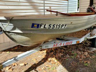 1980 Sea King 12 Foot Jon Boat, 1985 Yamaha 8hp 2 Stroke Motor, Trailer, and Extras for Sale in Montverde,  FL