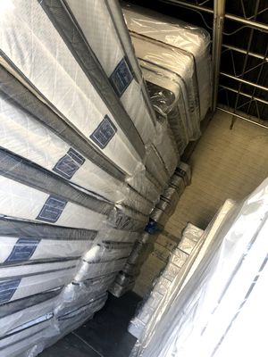 Mattress and box spring for Sale in Phoenix, AZ