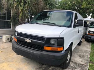 2004 Chevy express for Sale in Tampa, FL