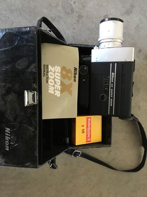 NIKON SUPER 8X MOVIE CAMERA WITH FILM & KEYSTONE PROJECTOR IN MINT EC CONDITION for Sale in Las Vegas, NV