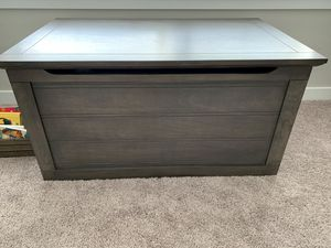 NEW! Toy chest for Sale in Ridgefield, WA