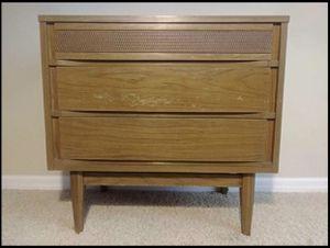 MCM Mid Century Modern Dresser Night Stand Kroehler Furniture Project Piece for Sale in Ocoee, FL