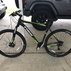 Trek Marlin 6 for Sale in Maurepas, LA