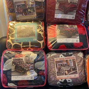 Cobertores De Borrego 🐑 for Sale in Montclair, CA