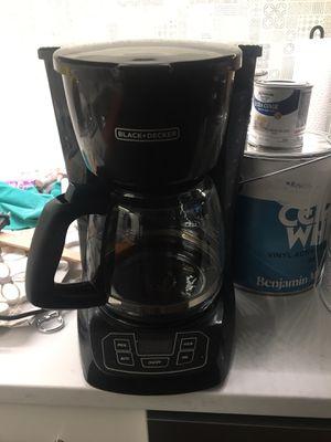 Coffee Pot (Black & Decker) 12 Quart for Sale in Chicago, IL