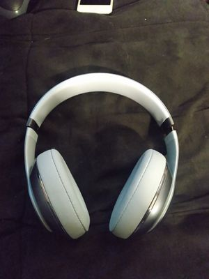 Beats studio 3 wireless headphones for Sale in Mitchell, IL