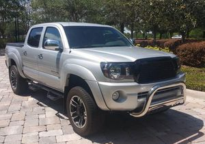 Fast Sale/2OO6 Toyota Tacoma SR5 for Sale in Gainesville, FL