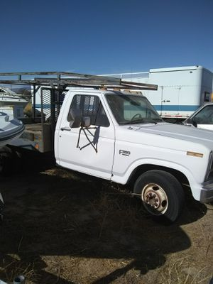 1985 Ford F-350 Flatbed for Sale in Rosamond, CA