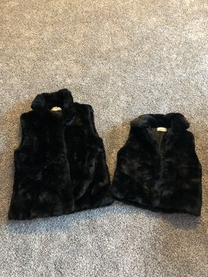 Mother - Daughter Matching Black fur vests. Women's size L. Child size 4x. Adorable for Holidays🌲 for Sale in Orland Park, IL