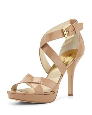 Michael Kors Evie Sandals Heels khaki size 8 NEW for Sale in San Marcos, CA