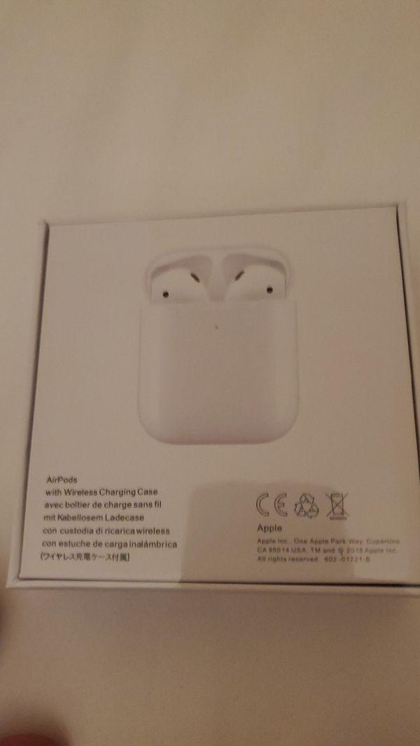 Airpods 2nd Gen w/ Wireless Charging Case