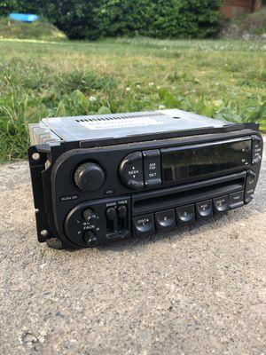 2004Jeep Grand Cherokee radio/cd player for Sale in Everett, WA