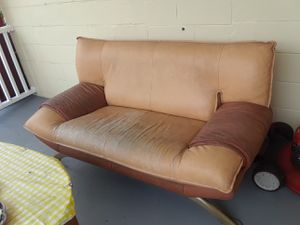 Nicoletti Modern Leather Couch for Sale in Sebring, FL