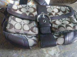 Coach purse shoulder bag like new for Sale in Palm Harbor, FL