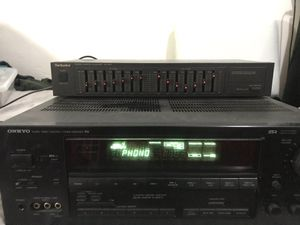 Technics Sh-8017 stereo graphic equalizer with Onkyo R1 Audio video control Tuner Amplifier for Sale in Imperial Beach, CA