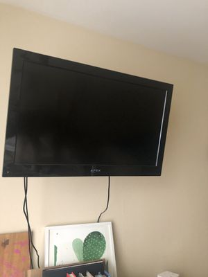 32 inch Apex Tv for Sale in West Los Angeles, CA