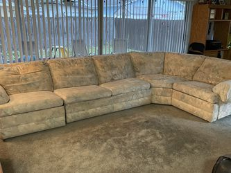 Motioncraft By Sherrill Sectional For Sale for Sale in Clearwater,  FL