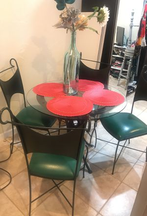Kitchen table set w/4 chairs ; great condition for Sale in Boca Raton, FL