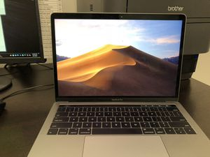MacBook Pro w/ Touch Bar (Latest Version), Space Gray, Intel i5 3.1GHZ Dual Core (7th Gen), 256GB SSD, 8GB RAM - PERFECT CONDITION, LIKE NEW! for Sale in Los Angeles, CA