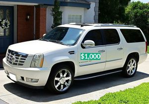 $1.000 Urgent for sale.Beautiful 2OO8 Cadillac Escalade.Nothing RWDWheelss for Sale in Stanton, CA