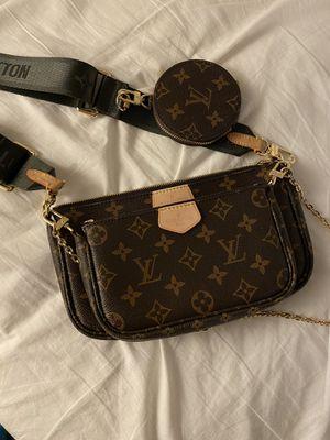 Louis Vuitton Multi Pochette Crossbody Bag for Sale in Miami, FL