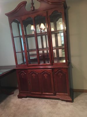 Very Nice Dining Room Set for Sale in Fort Wayne, IN