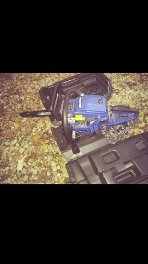 Bluemax chainsaw 14in/20in for Sale in Columbus, OH